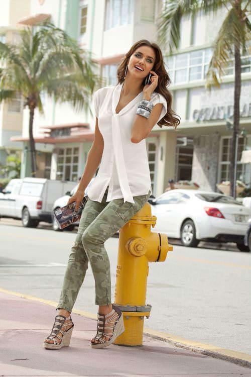 Aus Dem Ausland Importiert Mode Apricot Uniform Styles Frauen Anzüge Mit 2 Stück Tops Und Rock Frauen Blusen Shirts Sets Damen Arbeit Tragen Sets Kaufen Sie Immer Gut Rock-anzüge