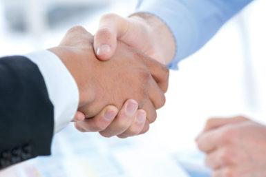Handschlag: Richtig Hände geben