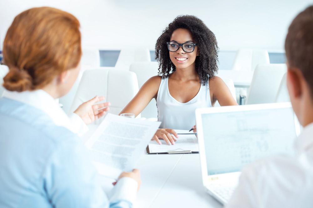 vorstellungsgespräch auf englisch: tipps zur vorbereitung, Einladung