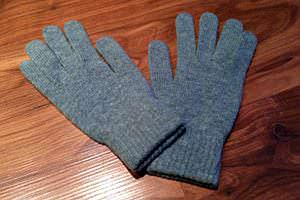 AVVY Smartphone Gloves-01