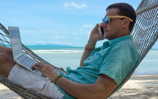 Urlaub-Jobs-Zwischenzeit-Auszeit-Hängematte