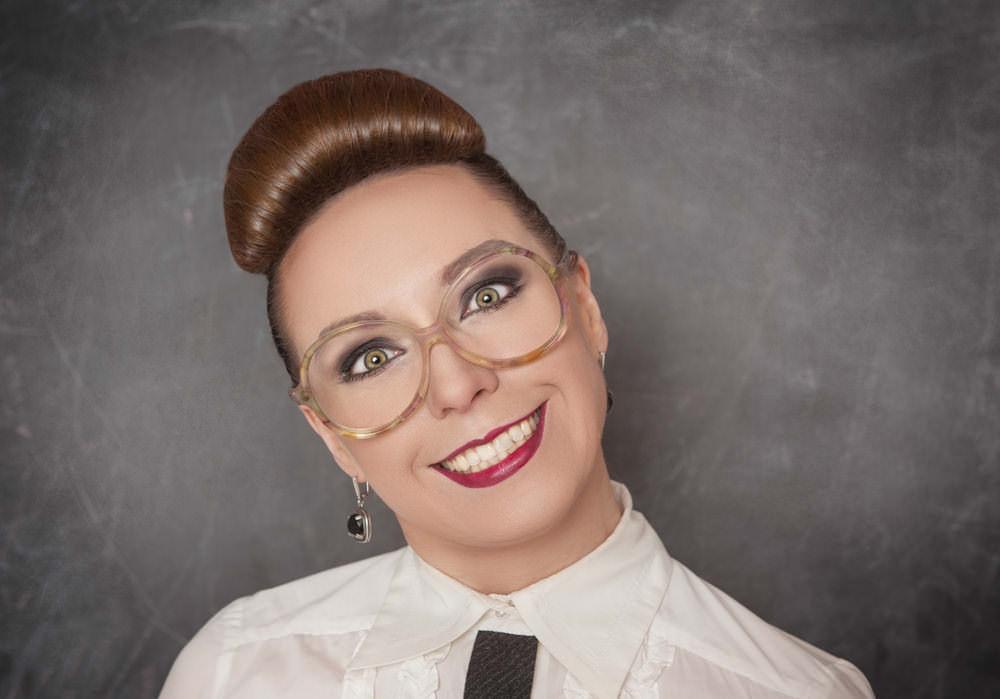 Professorin-Nutty-Lehrerin