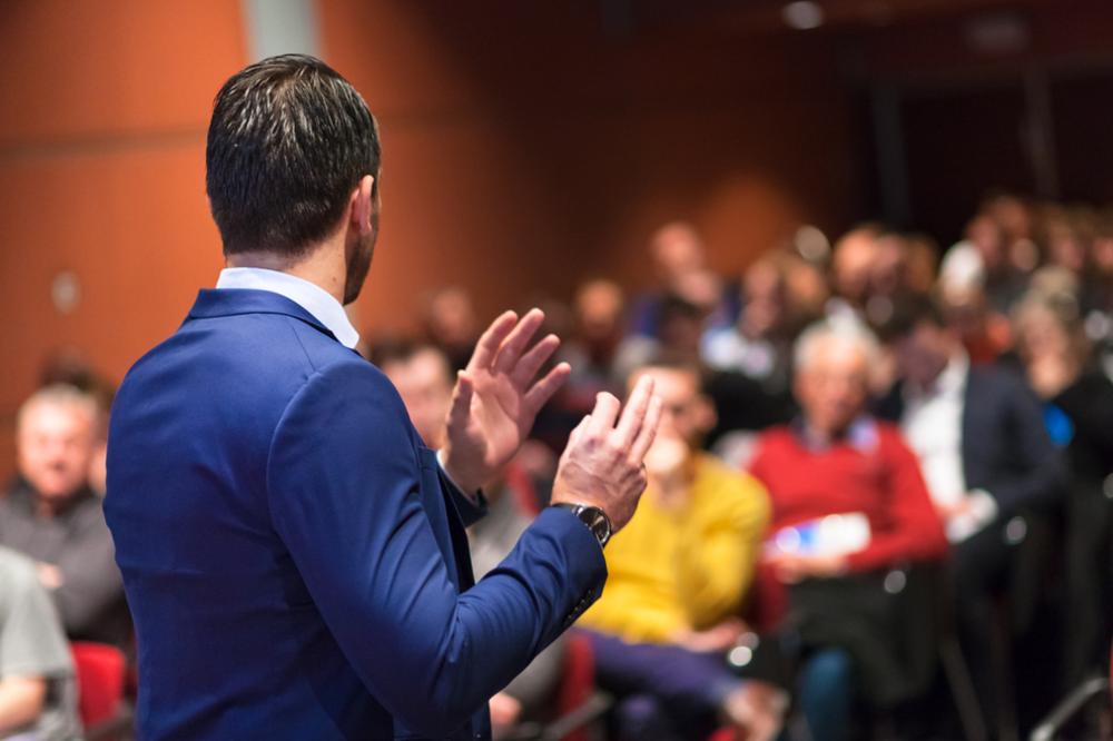 Rednertypen: Körpersprache bei Präsentationen