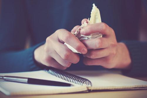 Bewerbung Zurückziehen: Muster Und Formulierungen | Karrierebibel.De