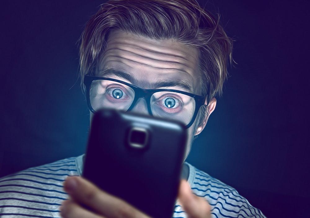 Datenschutz-Bewerber-Smartphone-Bewerbung