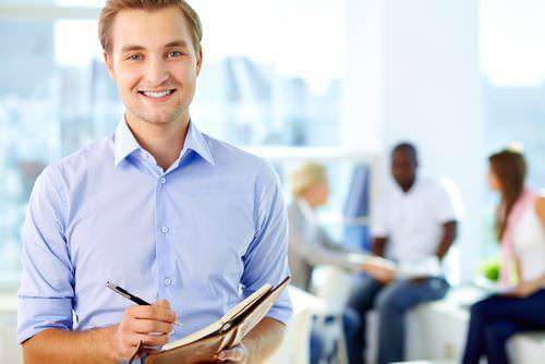 Bewerbung fürs Praktikum: Tipps & Mustervorlagen