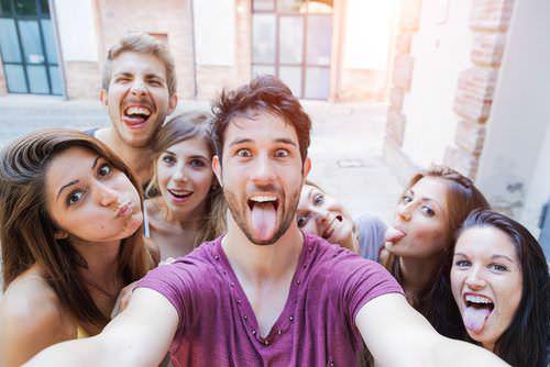 Selfie Manie: Selfies entlarven Narzissten