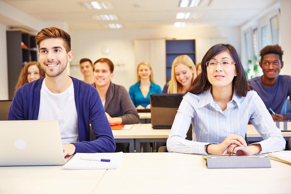Duales-Studium-Studenten-Studiengänge-Bewerbung-Anschreiben-Tipps