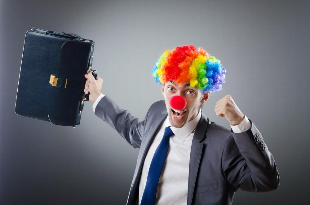 Karneval-Knigge: Keine Narrenfreiheit im Büro