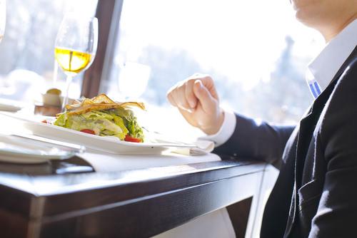 Essen bei der Bewerbung: DAS bitte nicht bestellen!