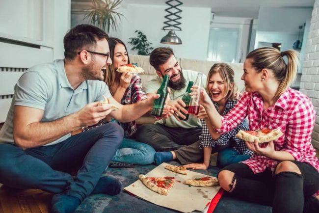 Wohngemeinschaft So Klappt Das Zusammenleben Karrierebibelde