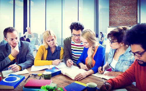 Brainstorming-Regeln-Gruppe-Team