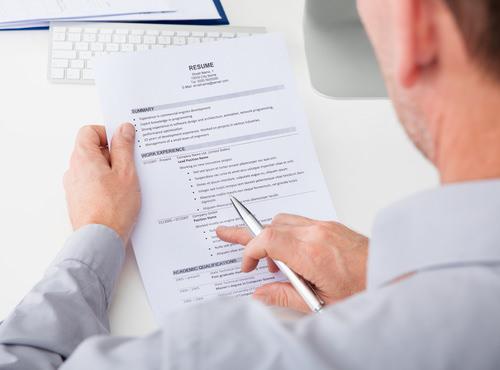 Lange Krankheit Im Lebenslauf Erwähnen Oder Nicht Karrierebibelde