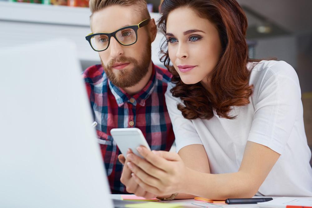 Social Media Manager: Beruf, Ausbildung, Gehalt