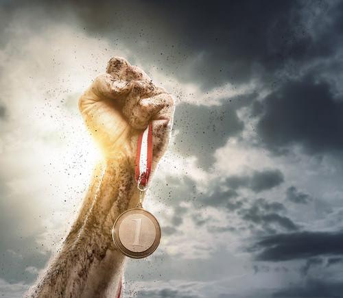 Ziel-Erfolg-Sieg-Medaille