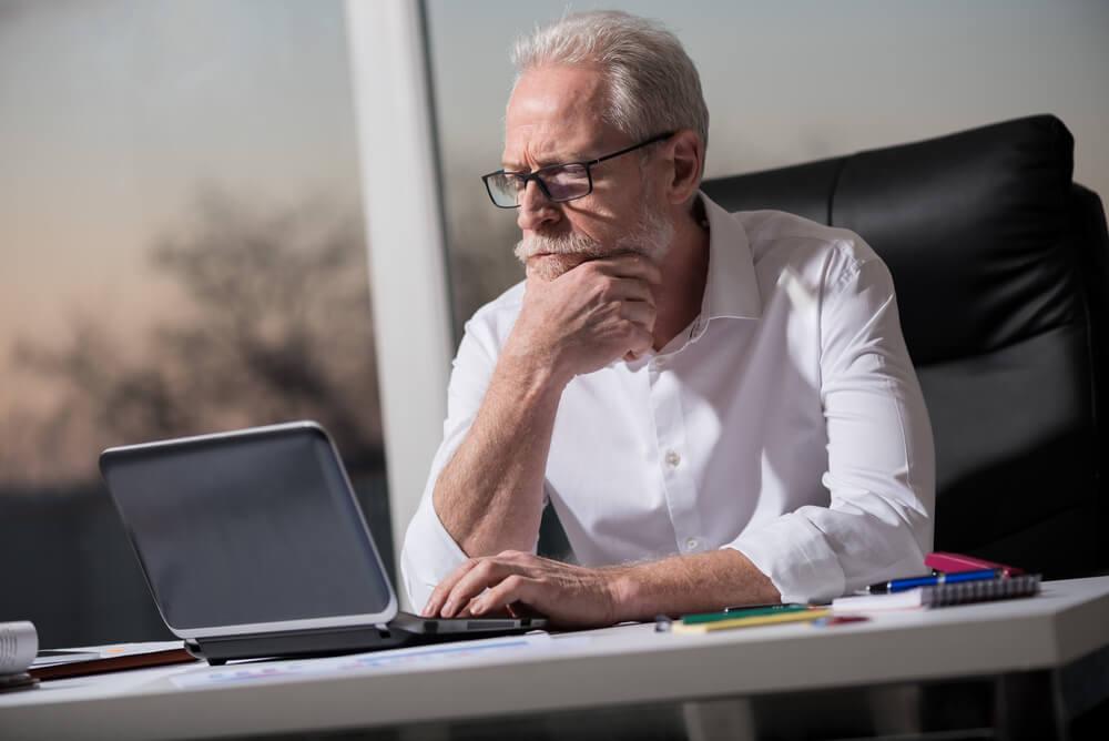 Bewerbung 50+: Jobsuche im Alter