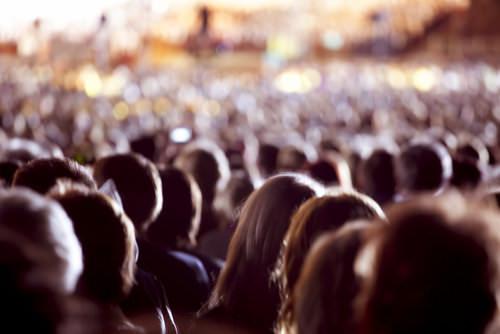 Bystander-Effekt-Mob-Zuschauer