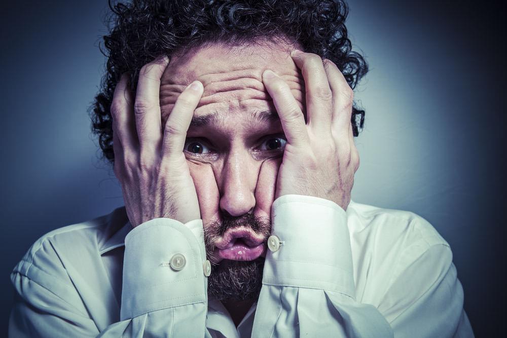 Neurotisch-Definition-Neurotiker-Symptome-Mann-Zukunftsangst