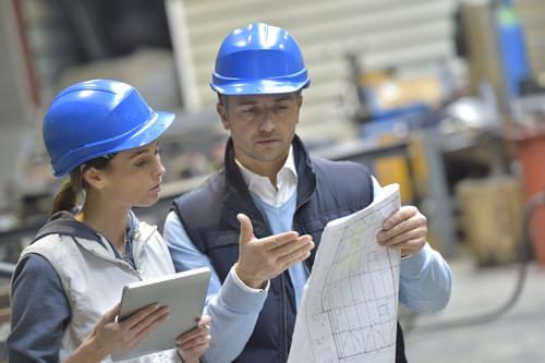 Vertriebsingenieur-Beruf-Frau