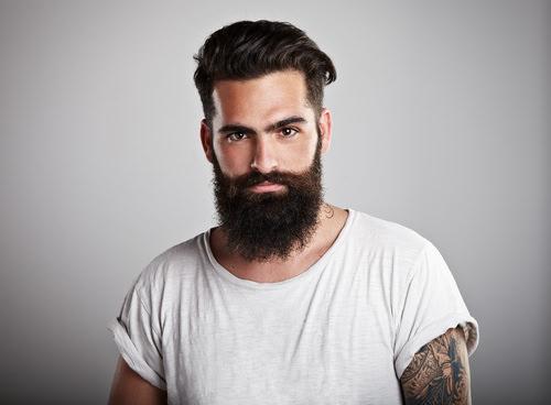Vollbart-Hippster-Bart-trimmen