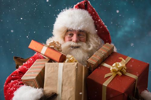 Weihnachtsmann-Santa-Claus-Jobinterview
