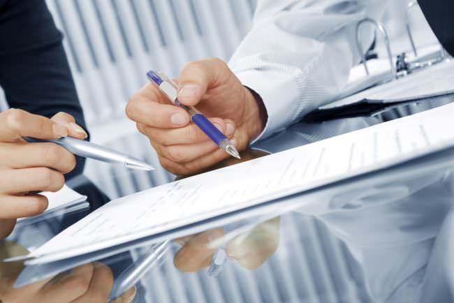 Änderungskündigung-Voraussetzungen-Gehalt-Tipps-Vertrag