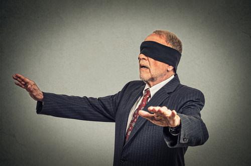 Blind-Selbstbetrug-Wahlblind