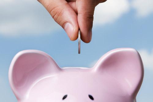 Sabbatical-finanzieren-sparen-Sparschwein