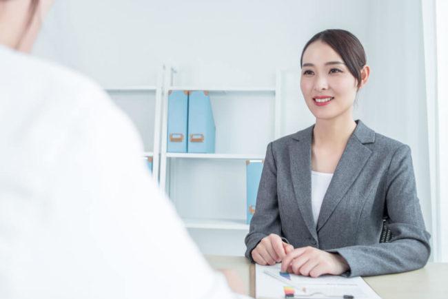 Frauenrechte am Arbeitsplatz: Was Sie wo (nicht) dürfen