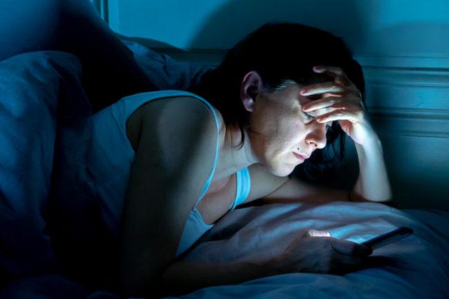 Arbeiten im Bett: Wie sinnvoll ist das?