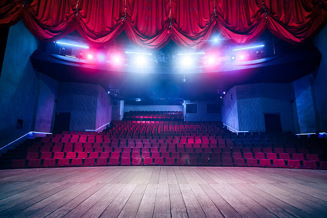 Bühne-Vortrag-Lampenfieber