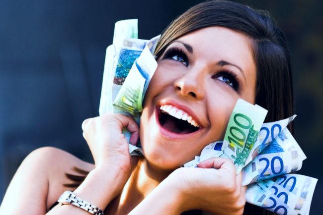 Macht Geld glücklich? Ab 60.000 Euro - aber nicht lange