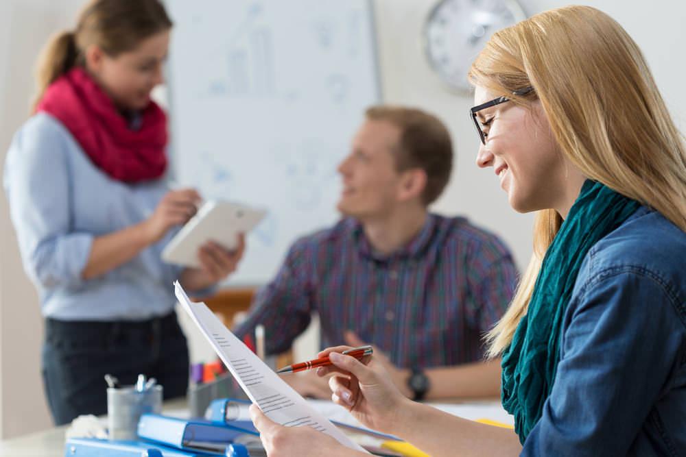 Studentische Hilfskraft Gehalt Studentische Hilfskraft Bewerbung
