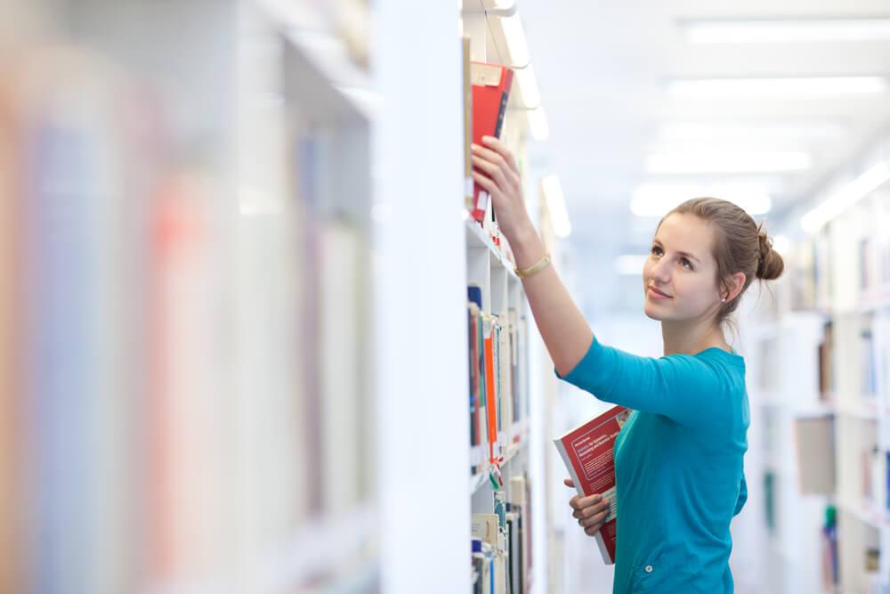 Studentische Hilfskraft: So wird die Stelle zum Karrieresprungbrett