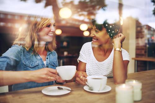 Freunde-treffen-Networking-Netzwerken