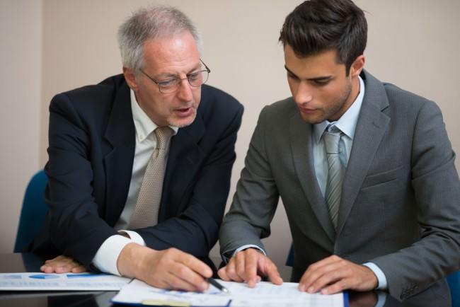 Änderungskündigung Arbeitsvertrag Arbeitnehmer weniger Gehalt