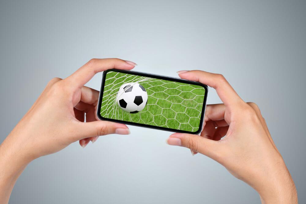 Arbeitsrecht: Fußball gucken im Job?