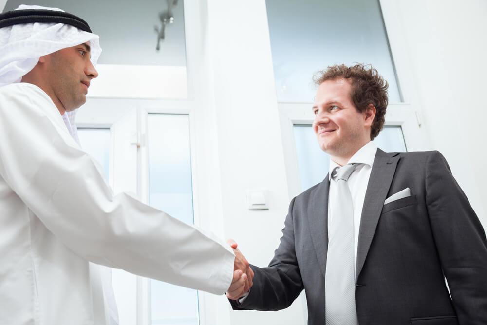 Gastgeschenke im Ausland: Tipps für Geschäftsreisen