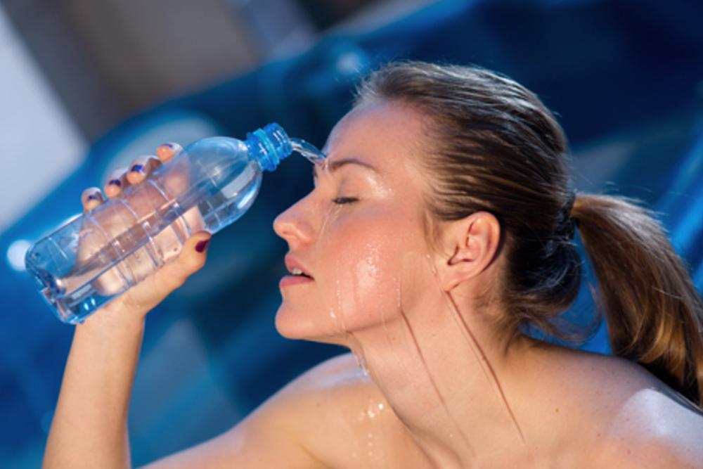Hitze im Büro: Tipps gegen das Schwitzen