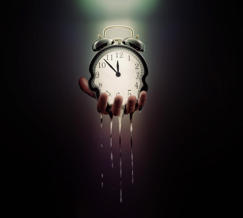 Zeitkiller Uhr fließend dunkel