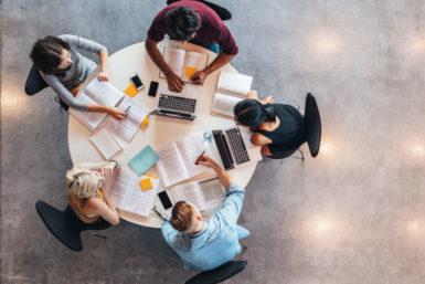 Studieren in Europa: Hier verdienen Absolventen mehr