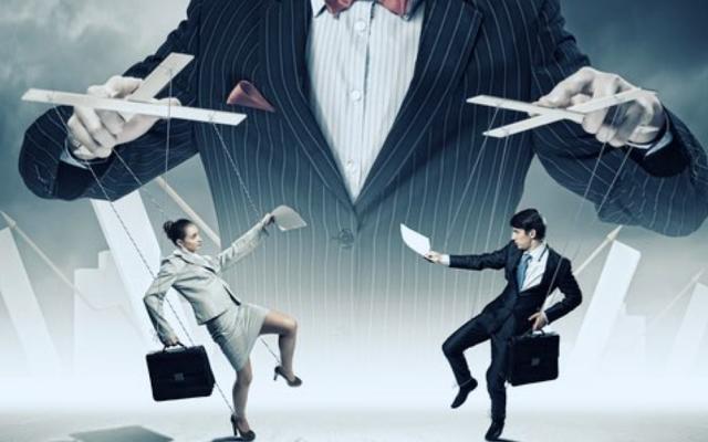 Beeinflussung Marionette Manipulation