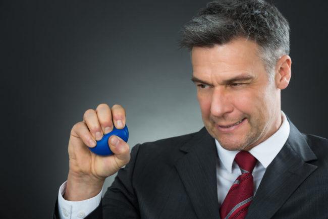 Stressball: Darum funktioniert der Quetschball