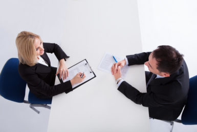 Übernahmegespräch: Die wichtigsten Fragen und Tipps