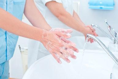 Macbeth-Effekt: Händewaschen und seine 4 Psychoeffekte