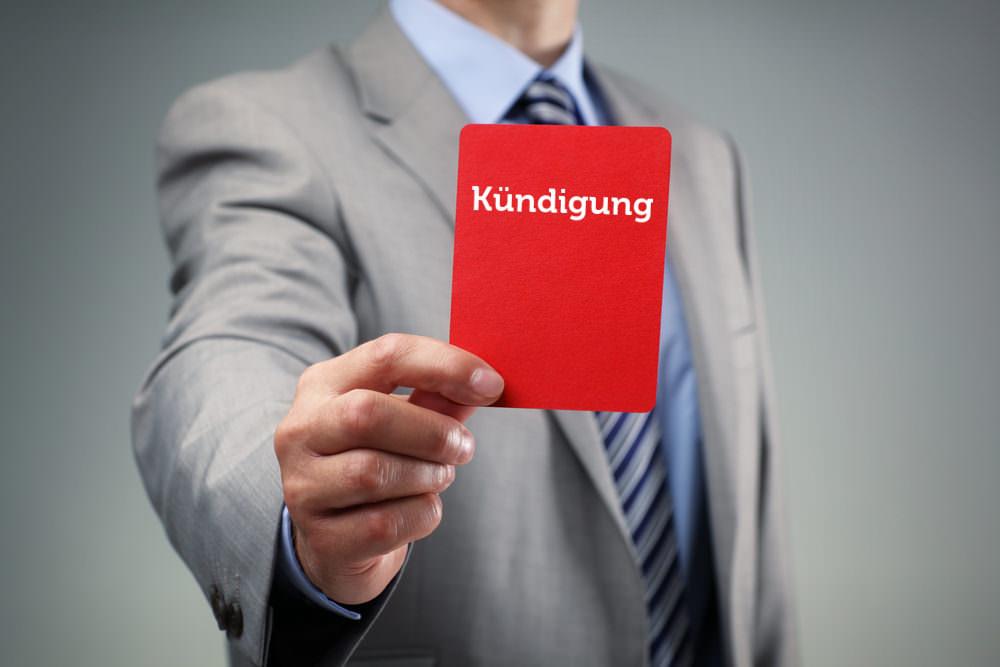 Kuendigung Rote Karte Arbeitsrecht Chef gefeuert