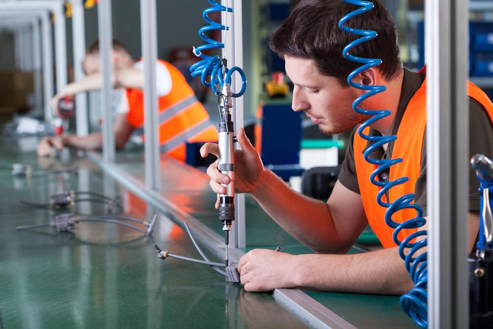 Bewerbung Als Produktionshelfer: Tipps Und Tricks | Karrierebibel.De