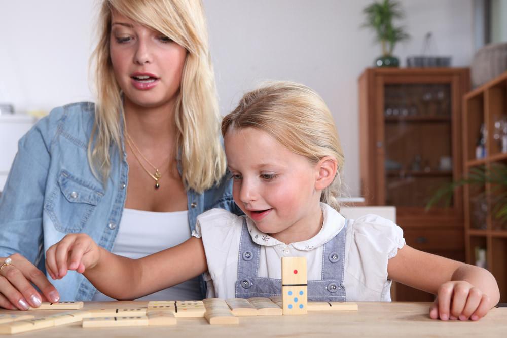 Schülerjobs: Tipps Babysitter Taschengeld