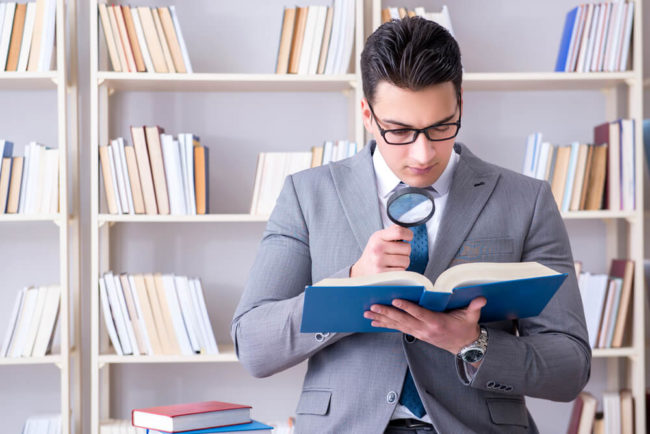 Studienplatzklage: Mit dem Anwalt zur Uni?