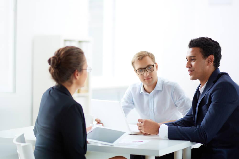 Vorstellungsgespraech Tipps Fragen Checklisten Antworten Ablauf